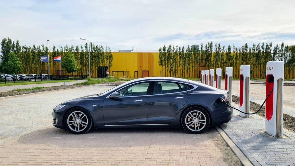 A Tesla értéke most van a csúcson?